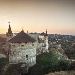 1600px-5525Кам'янець-Подільська_фортеця
